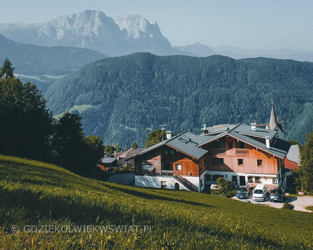 noclegi w Dolomitach góry