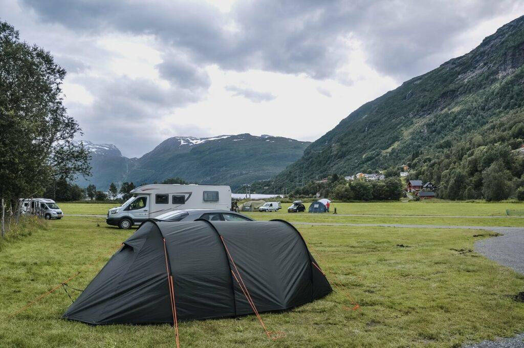 Norwegia pole namiotowe