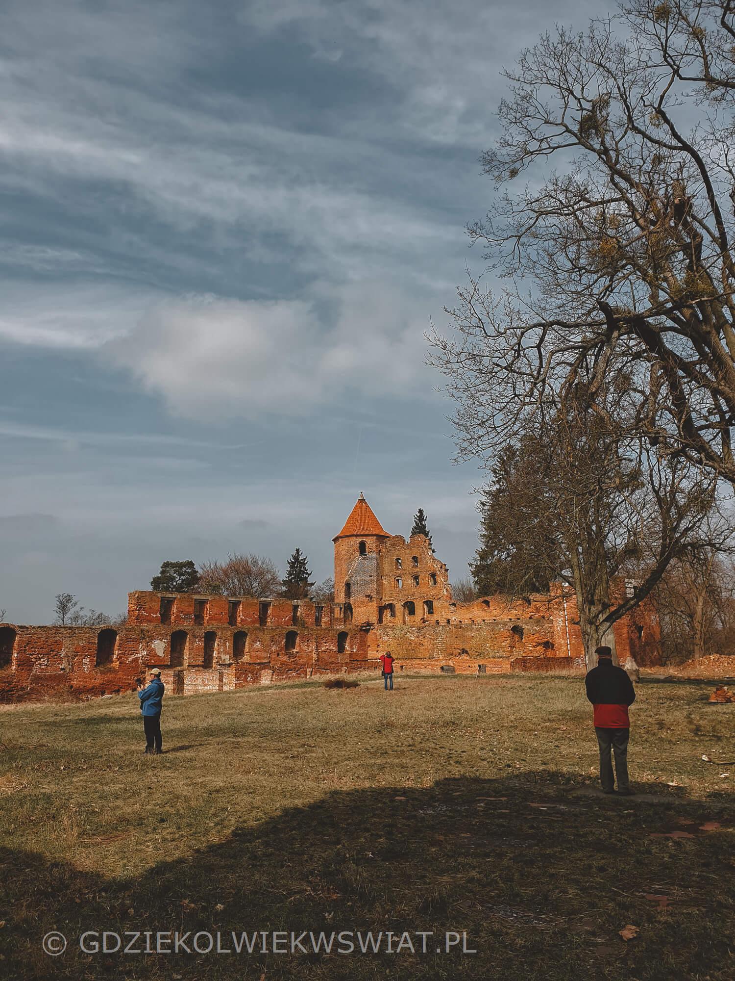 Szymbark zamek zwiedzanie