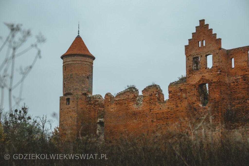 zamek w Szymbarku zwiedzanie ruin