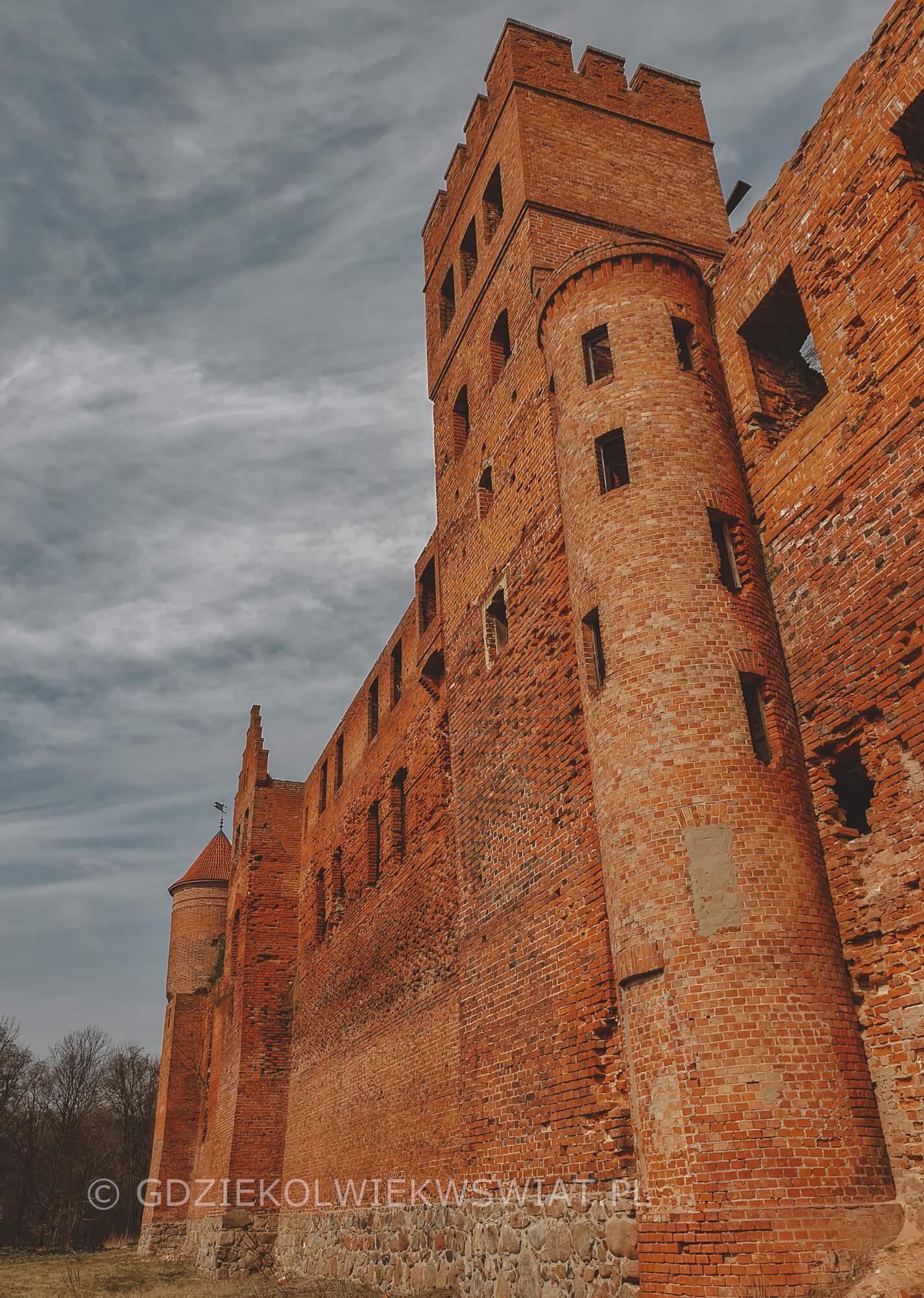 Zamki w Polsce - zamek w Szymbarku