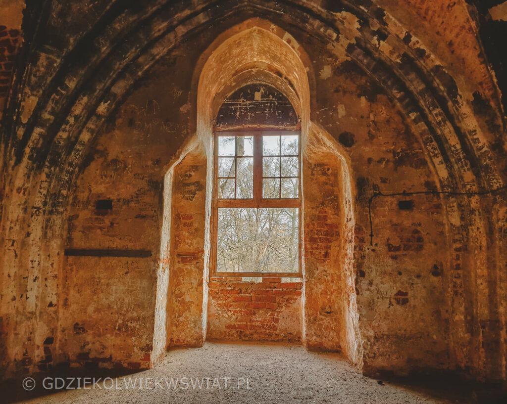 Zamek w Szymbarku koło Iławy